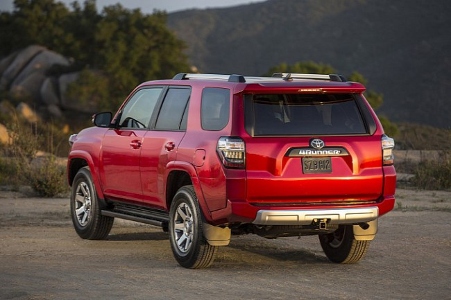 2014-toyota-4runner-revealed-photo-gallery-medium_23
