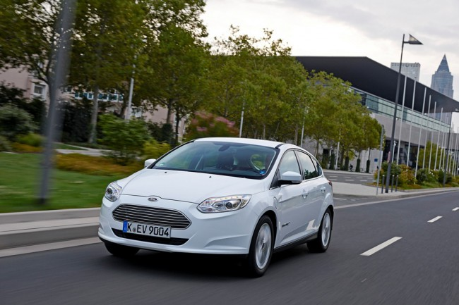 Ford_Focus_Electric (1)
