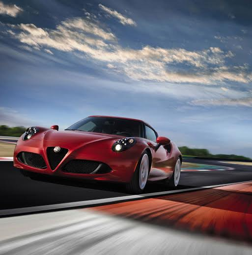 Az Alfa Romeo 4C Amerikában is hódít