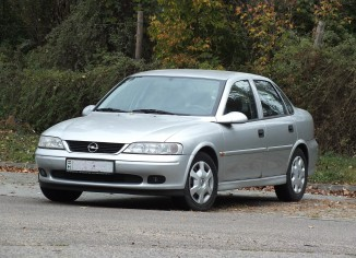 Opel Vectra,Vectra B
