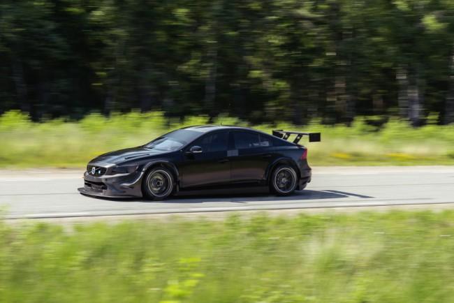 Volvo-S60-WTCC-Polestar-Cyan-Racing-05-1024x684
